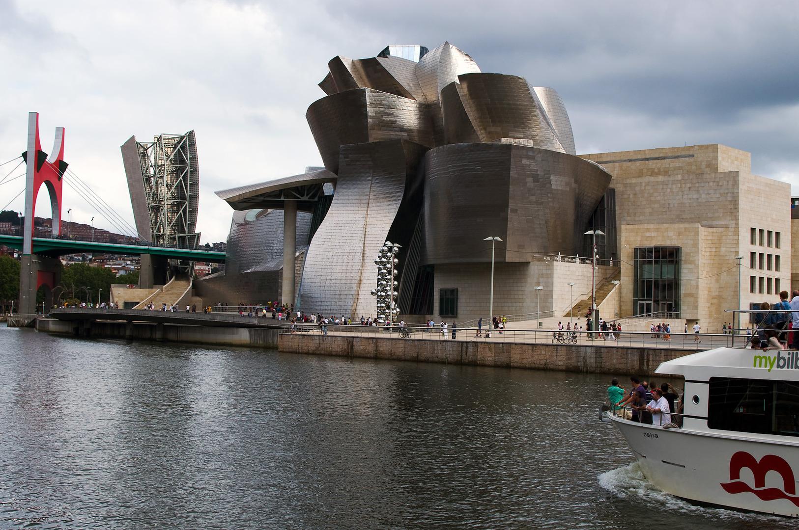 Guggenheim museum bilbao lab42 architekturinformatik for Uni architektur